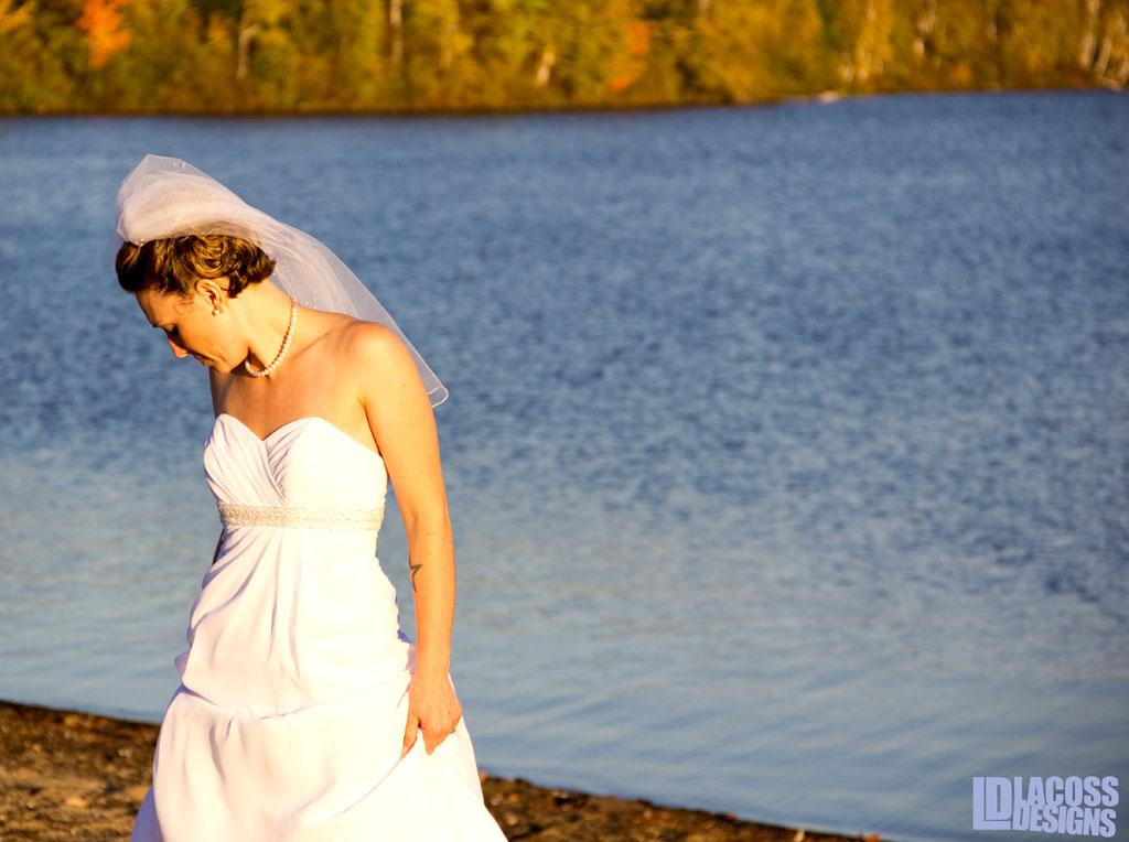 Bride On The Lake – LacossDesigns.com